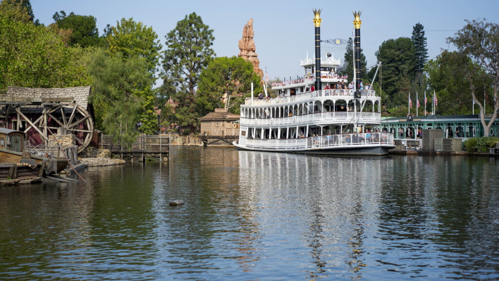 tips and tricks for Disneyland, Disneyland tips, Disneyland tricks, Disney California Adventure, Disneyland Resort, A Disney Obsession, Disneyland Park
